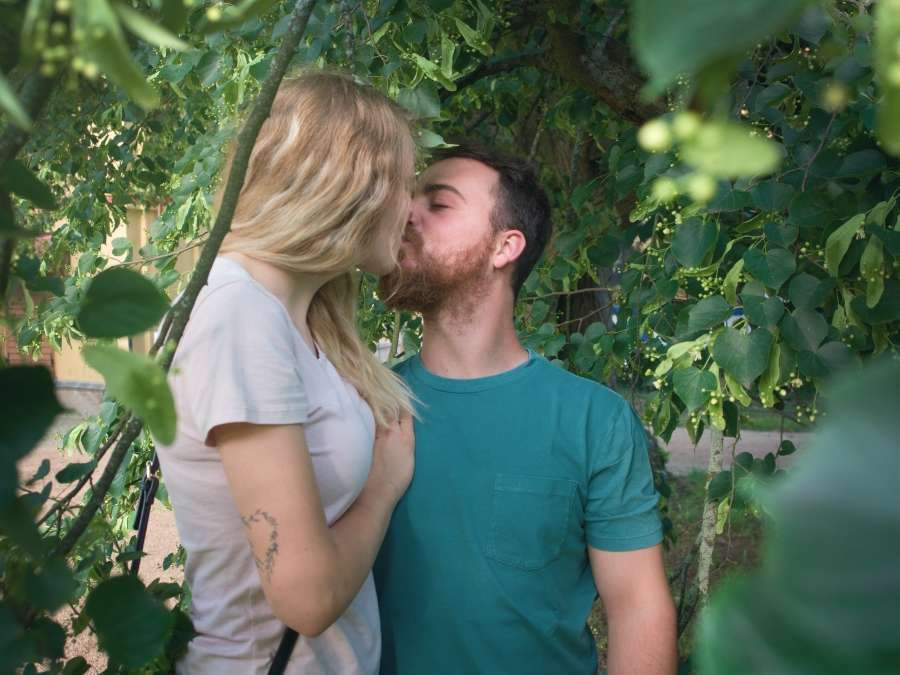 Focení zamilovaného páru